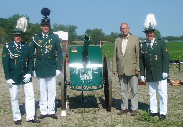 Kanone Elbwiesen Buergermeister