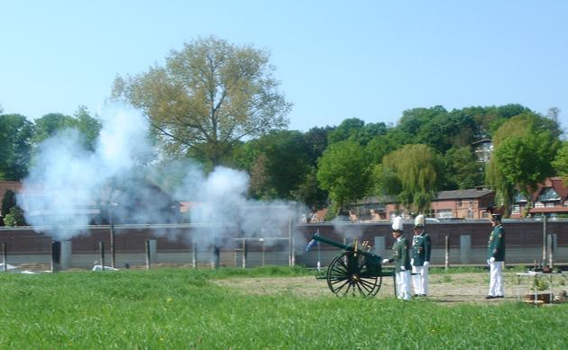 Kanone Elbwiesen Schuss