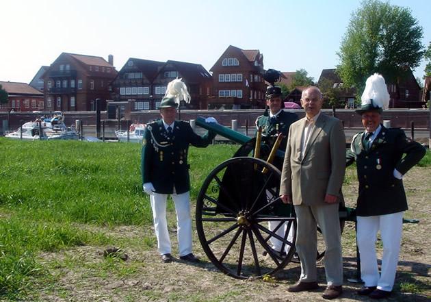Kanone Elbwiesen Stadt Hafen