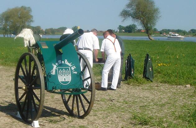 Kanone Elbwiesen Vorbereitung